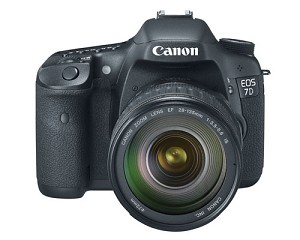 Canon EOS 7D w/ EF 28-135mm Lens - 3814B010