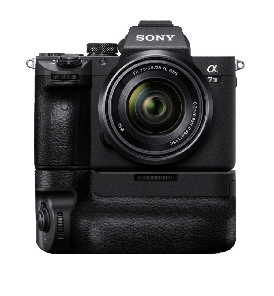 A7III Full Frame Mirrorless Interchangeable-Lens Camera (Body Only ...