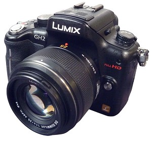 Panasonic Lumix GH2 w/ H-X025 25mm Lens